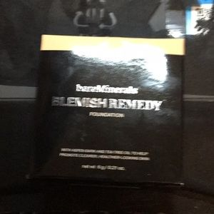 Bare minerals blemish remedy clearly Pearl 02
